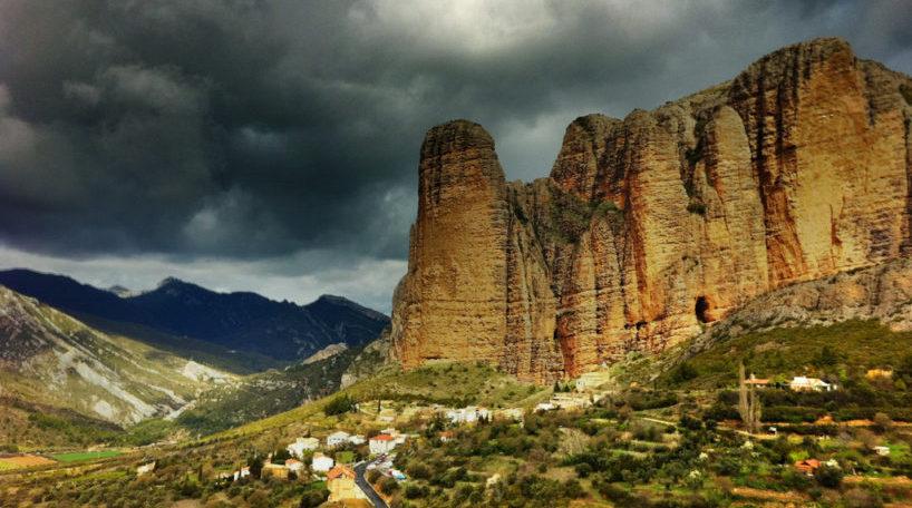Mallos de Riglos, experiencia turística en Aragón
