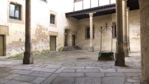 El Patio Interior de la Torre de Los Anaya