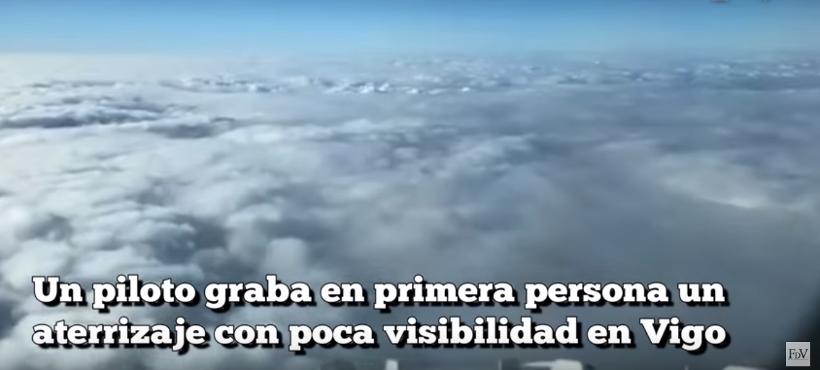 Avión aterriza en la niebla
