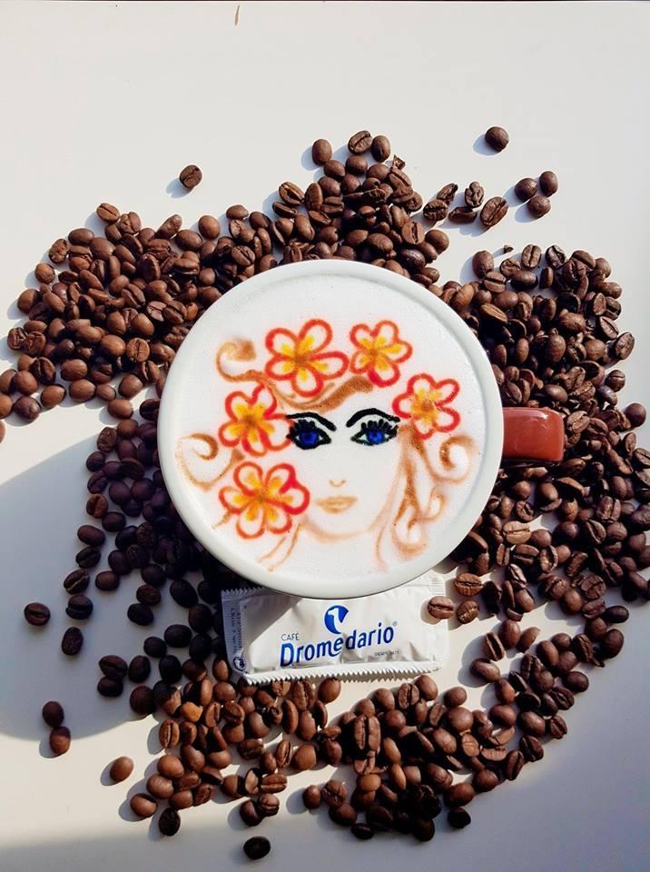'Latte Art' de Karen Quiroga con motivo del Día Internacional de la Mujer