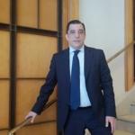 """Rafael Benito, Pdte. de Hospeco: """"Tenemos que negociar un gran aeropuerto internacional de Galicia en Santiago"""""""