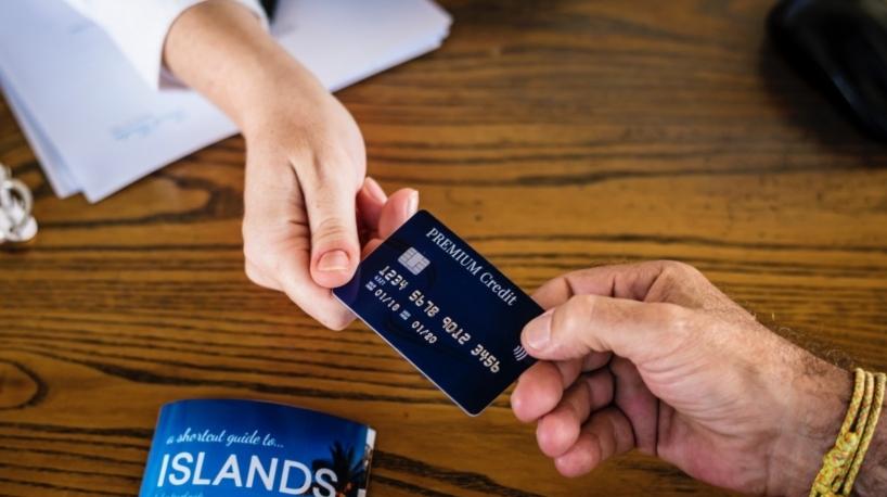 Pago con tarjeta en turismo